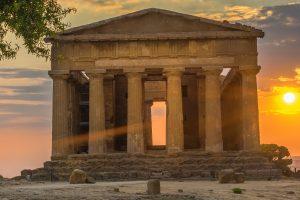 AGRIGENTO – Tempio al Tramonto