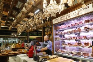 FICO Eataly World_salumi_Bologna