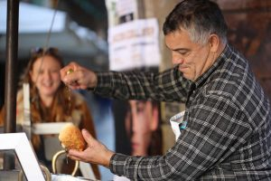 Palermo_street food_seller